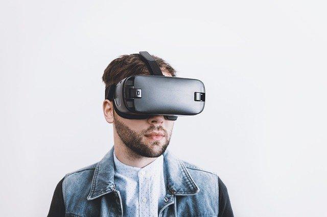 brýle pro virtuální realitu – symbol pokroku v technologiích