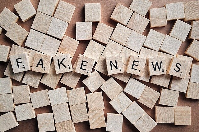 Na co bychom si měli dávat na internetu pozor, aneb soukromí není to jediné, co je třeba chránit. Fake news, hoaxy a nenávist.